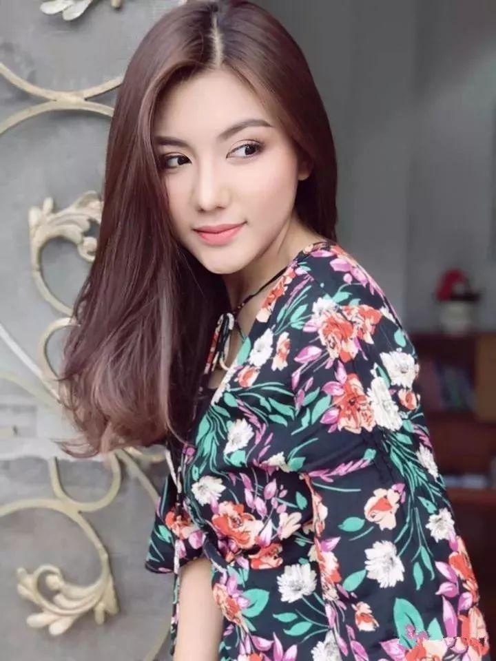 缅甸美女明星排行榜,我觉得最后一名才是最好看的!