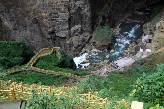 它被称为溶洞迷宫,内藏暗河,长达37千米