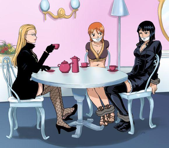 煞有介事_图五:卡莉法把罗宾和娜美都绑了,煞有介事的请她们喝茶,但她们根本