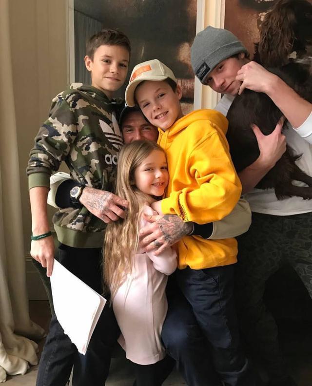 贝克汉姆有几个孩子_贝克汉姆和孩子们