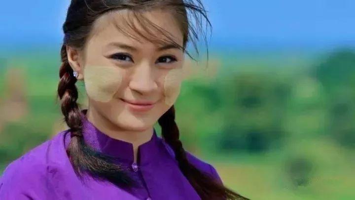 撸二哥乱伦小�9�+9.:hm_缅甸美女明星排行榜,我觉得最后一名才是最好看的!