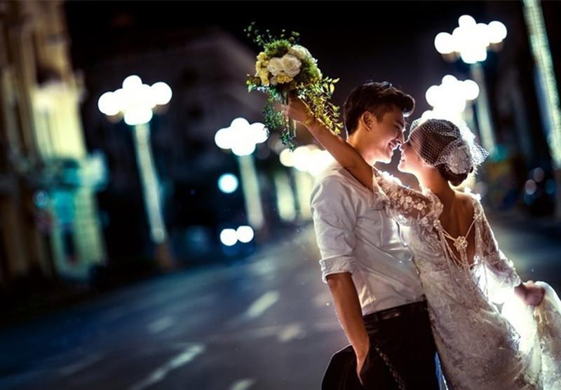 拍夜景婚纱照_街拍夜景婚纱照