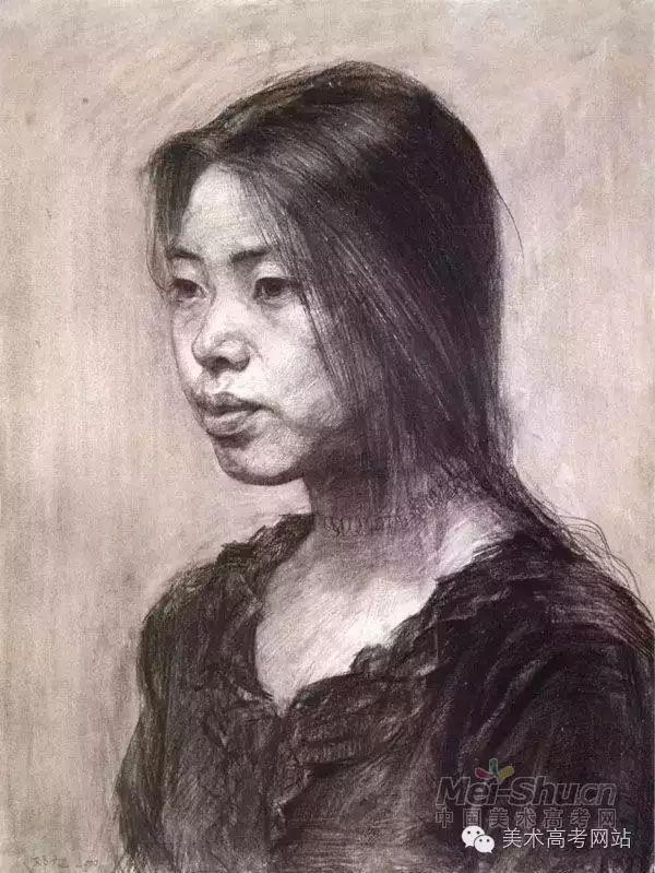 模特手绘素描面容