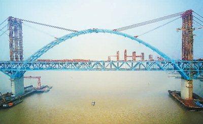沪通长江大桥航道桥主拱合龙,通车后上海到南通只需1小时左右