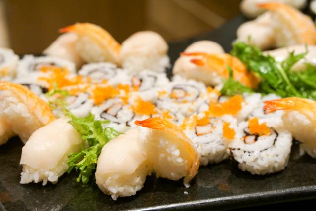 蒸海螃�y�9`f���_¥178/位 现蒸太湖蟹畅吃,惠灵顿牛排,海鲜刺身…堪称