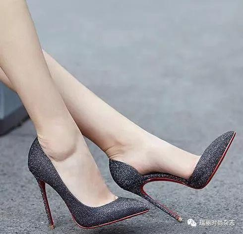最爱大骚脚_当红小花最爱的几款高跟鞋,优雅华丽,明星都抢着穿