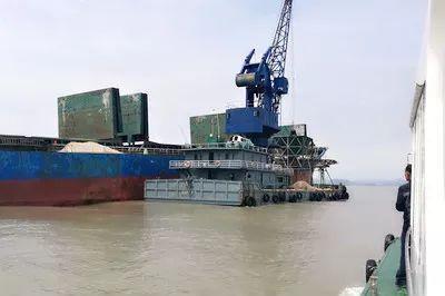 即日起,江苏南通市启动长江海门段水上过驳专项整治行动,到2020年底前