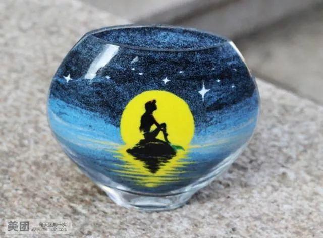 在玻璃瓶内 一幅惟妙惟肖的画面便呈现在眼前了 亲子沙画瓶diy活动 炫图片