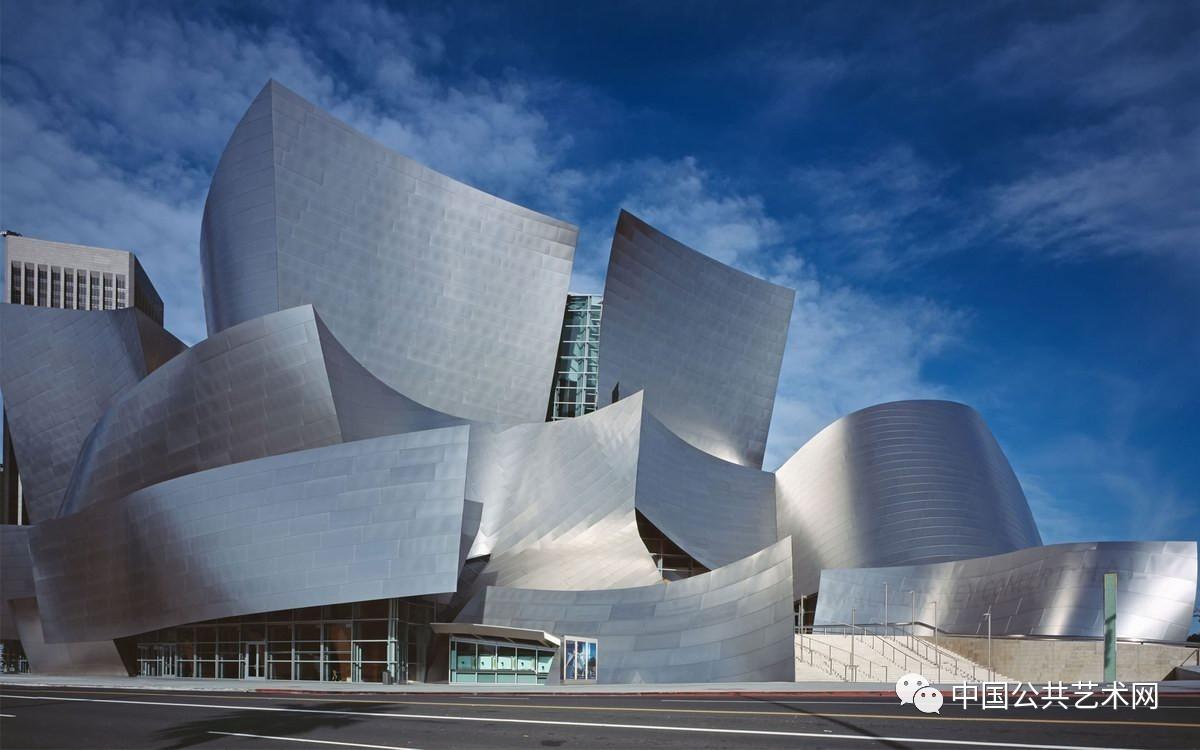 如著名的美国公共艺术百分比计划,可以说是开启了城市借用公共艺术图片