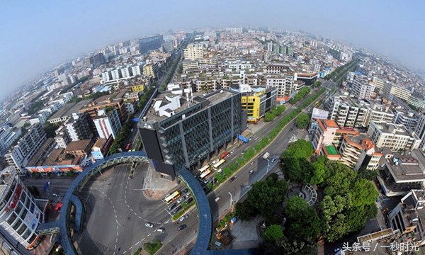 新塘镇gdp_广东这10个镇富可敌城 你家上榜了吗