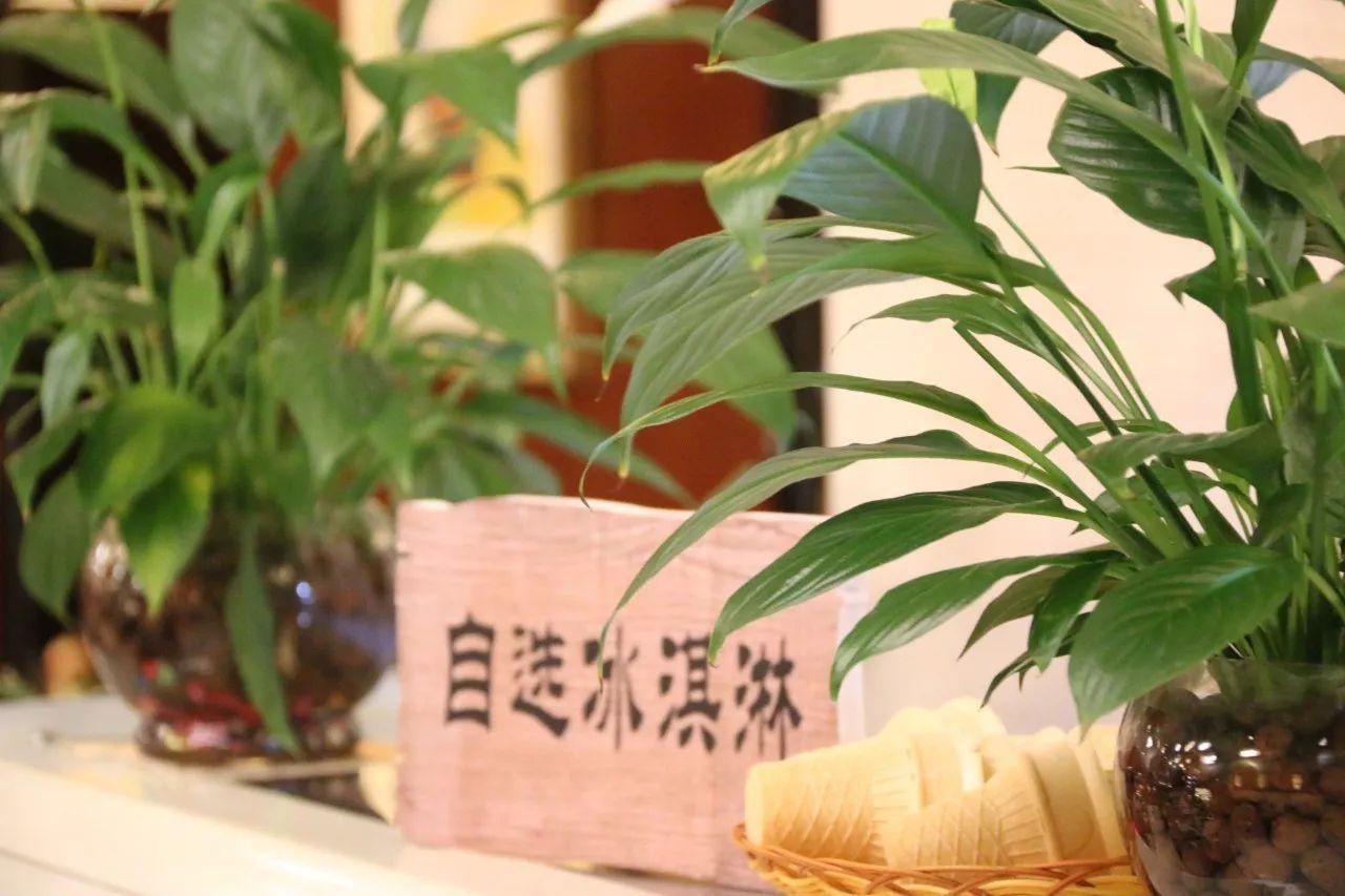 明星们的结婚照:岳云鹏最朴实,徐峥最个性,潘长江你绝对没见过