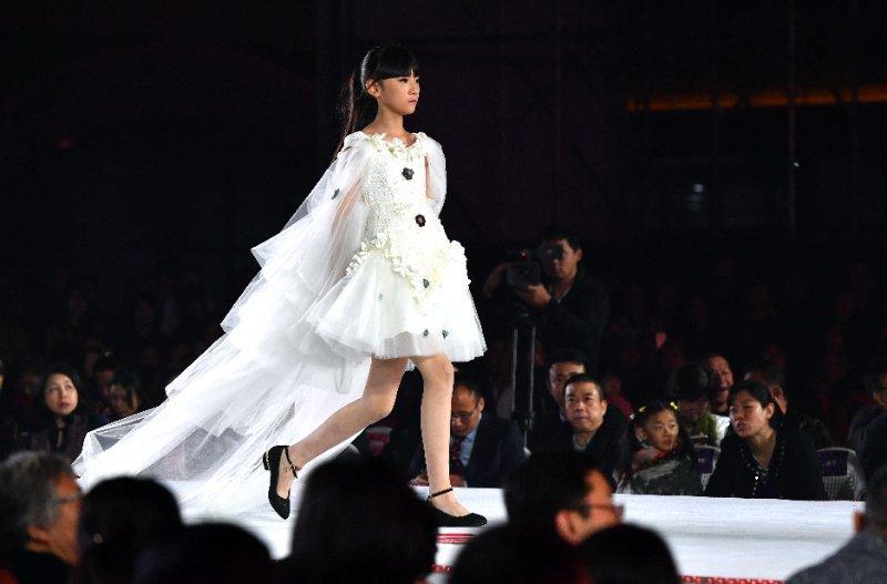 模特大赛树立时尚审美标杆