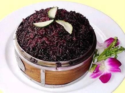 黑米粥的做法和功效减肥法图片