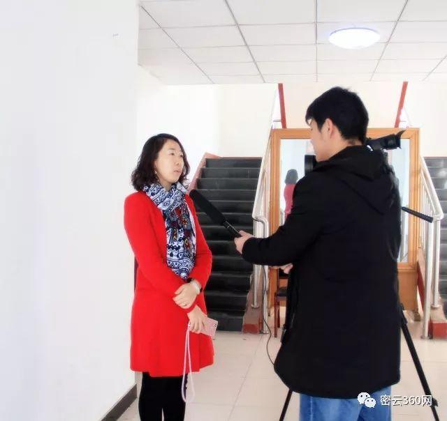 """「微新闻」荥阳市举办""""不忘初心 牢记使命""""主题文艺晚会庆""""七一"""""""