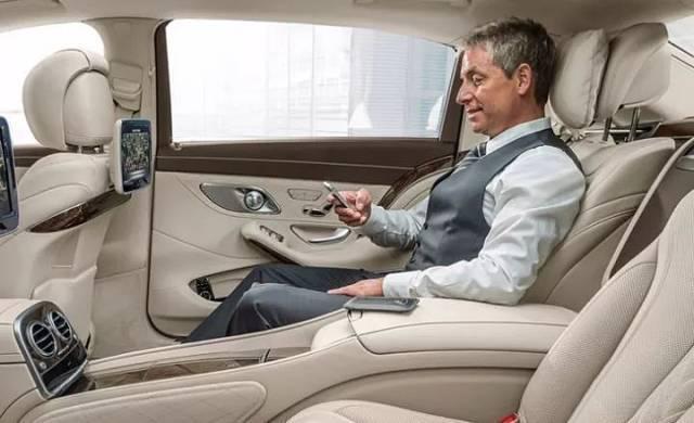 广汽丰田C-HR露面,4月上市售12万,缤智和XR-V的霸气该收一收了