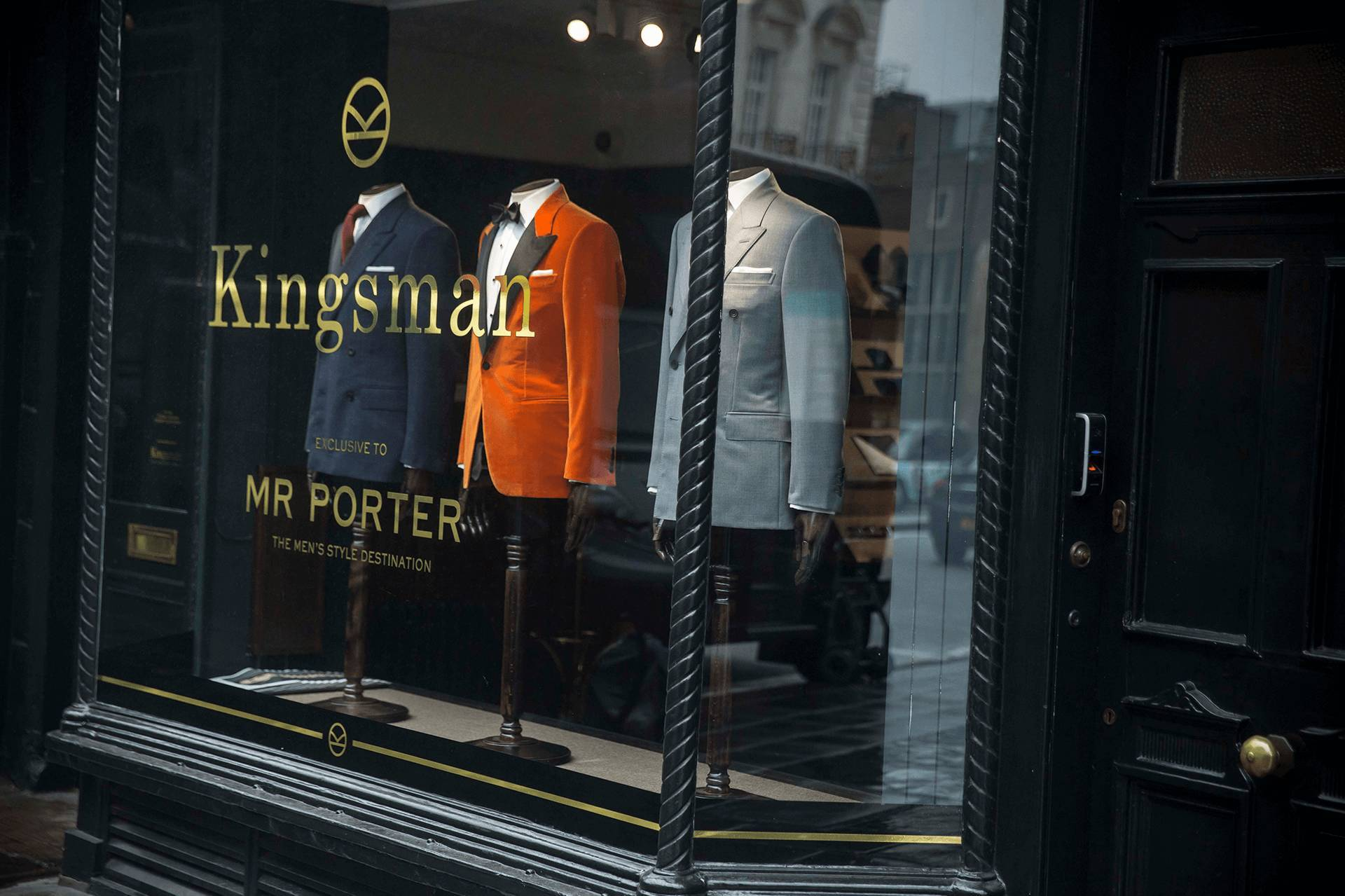 《王牌特工2》,与剧情无关的时尚装逼指南(上) — 伦敦绅士篇