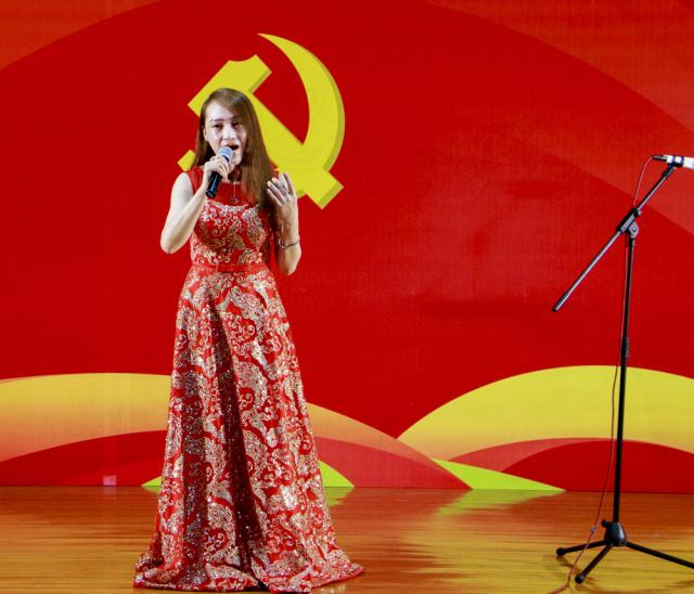 【喜庆十九大】颂歌献给党 唱响中国梦
