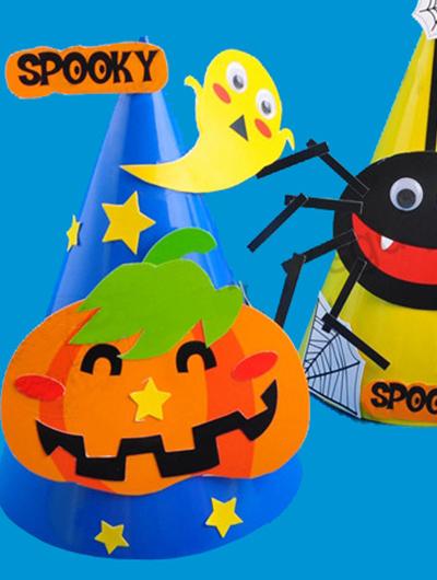除了手工材料,也给大家准备了涂绘的万圣节面具,立体蜘蛛,以及挂饰等图片