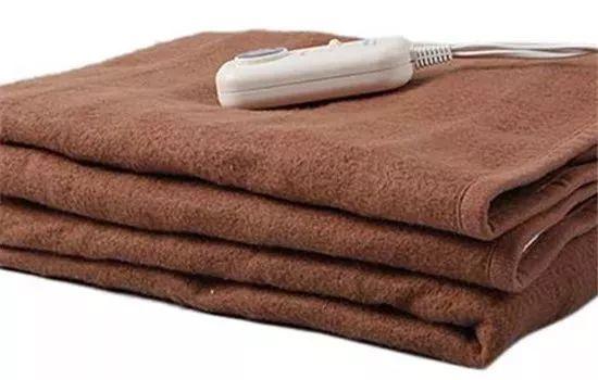电热毯对孕妇的危害_电热毯会有辐射吗?什么人不适合用电热毯?