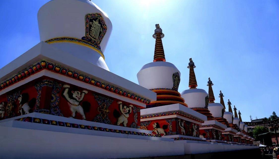 我国最高的佛寺_塔尔寺,一个非常著名同时也让人纠结的藏传佛教寺庙