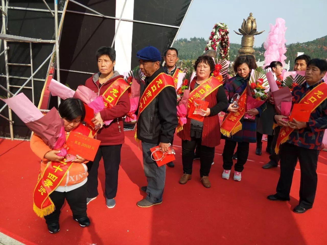马景涛宣布离婚, 34岁妻子离婚前三天仍在健身!