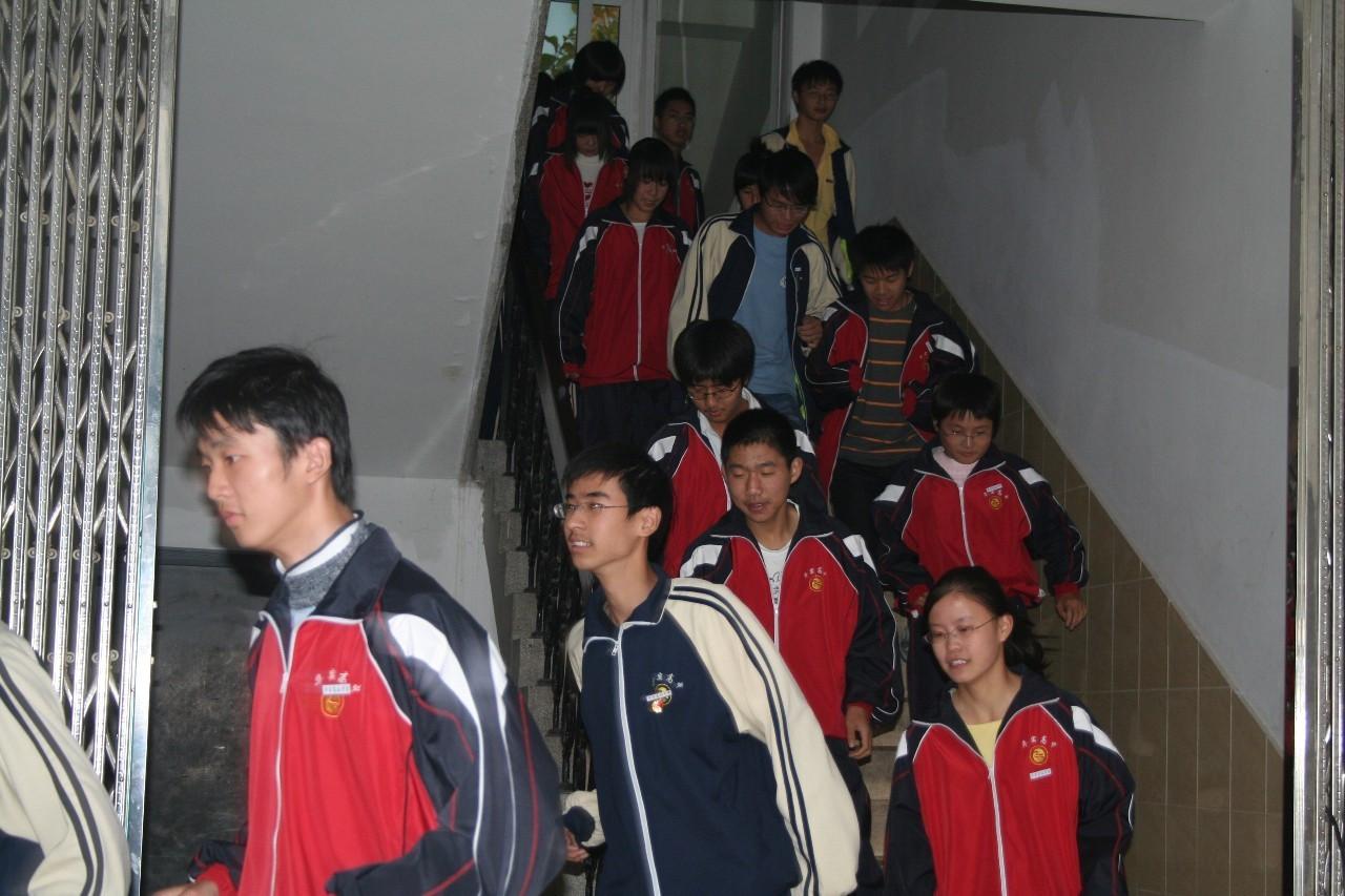 一件高中,证明我在松江上过校服.的有南皮哪些比较好高中图片