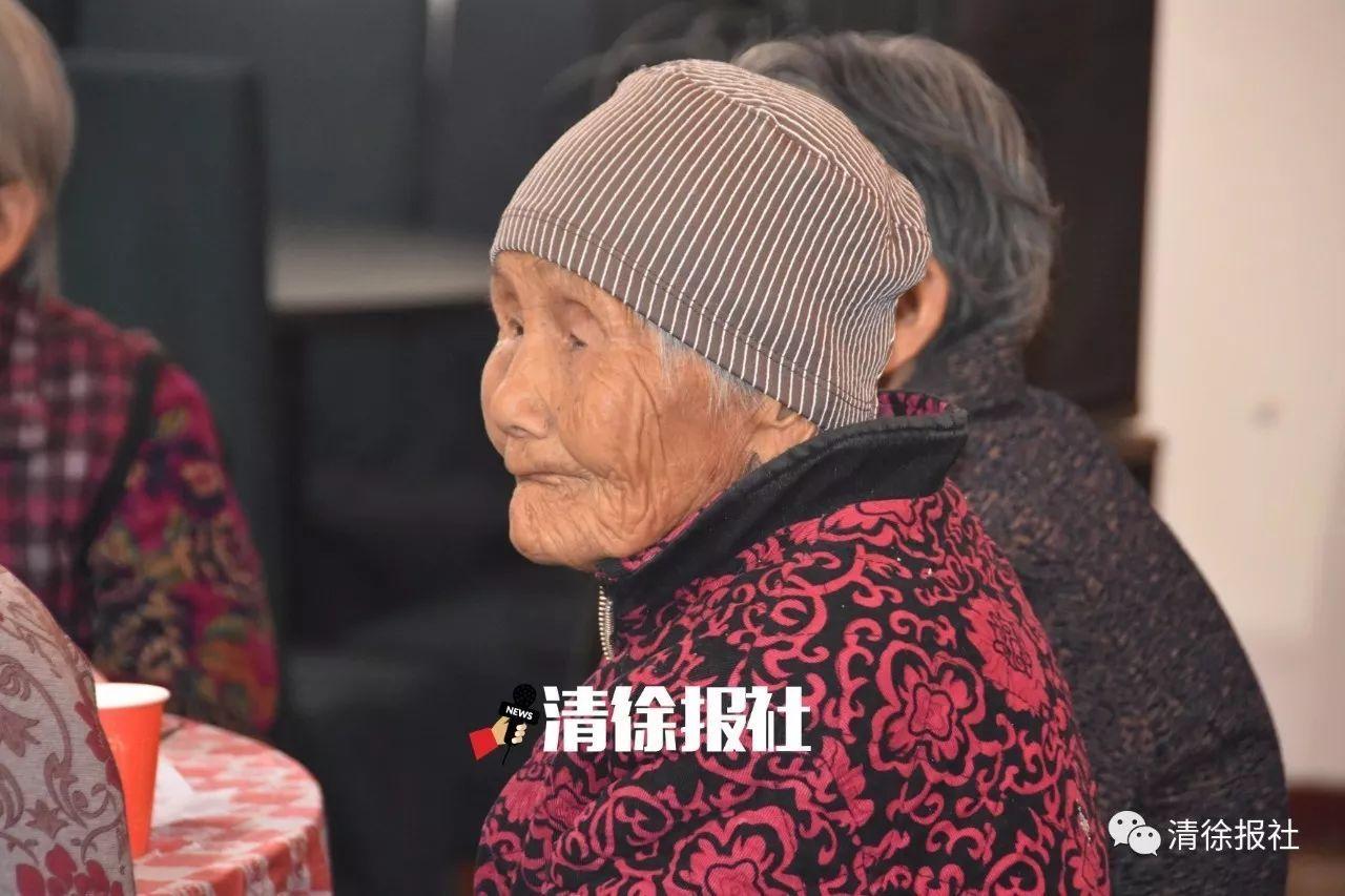 """新邵县首届""""健康湖南·舞比快乐""""广场舞海选赛""""嗨翻""""迎光乡"""