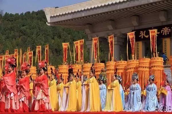 熊黛林苦撑N年 不如方媛产子 为啥郭富城从浪子成了晒娃天王