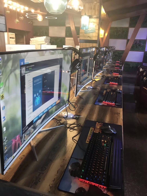 全球首单技嘉z370 hd3加intel 8代酷睿i5 8400网咖10月28日全新起航