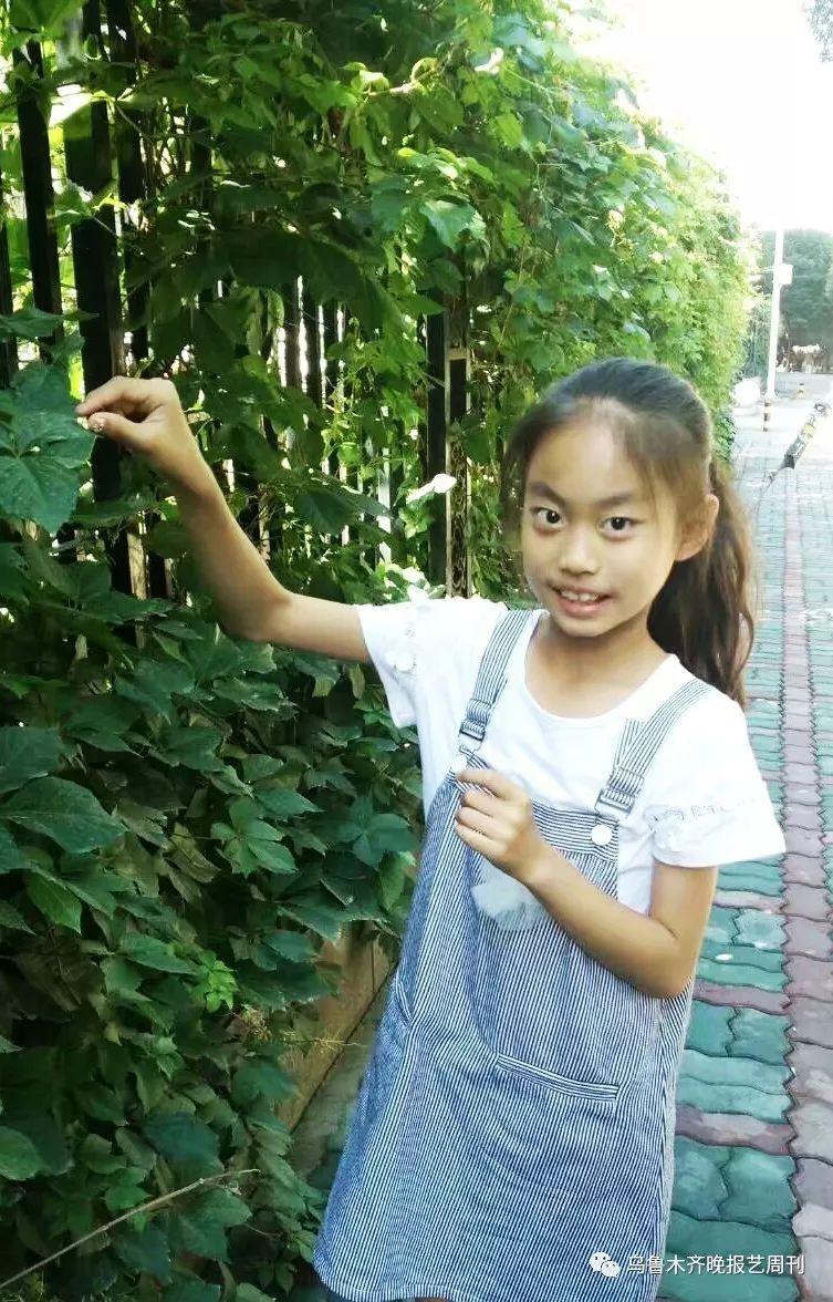 李慧滢,九岁,现就读于乌鲁木齐市第四十一小学四年级