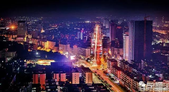 """东安芦洪市有个""""傻子叫王老六"""" 多年致力于慈善事业"""