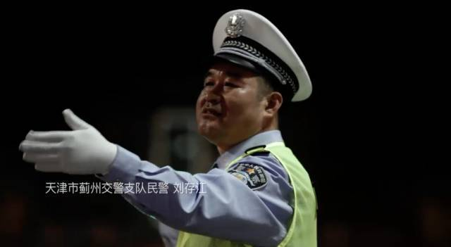 男子从深圳出发,20小时后塞在东莞!有人被堵到昏厥!今天……