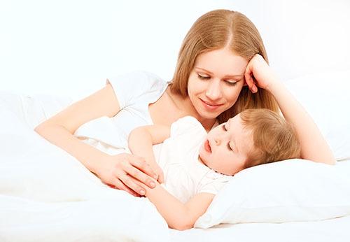 新生儿睡眠少的原因 你家的宝宝睡眠质量/