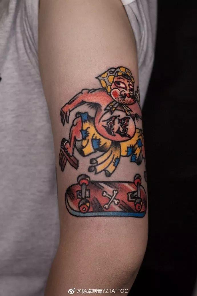 wb: yztattoo-张米伽mika 纹身的不一定是流氓 穿西装的不一定是绅士