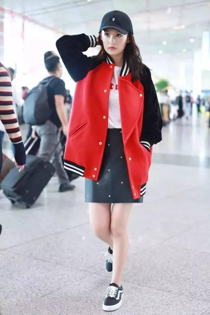 相约中国李娇邻家女孩_2017秋冬最流行的棒球服!迪丽热巴、宋佳都在穿!