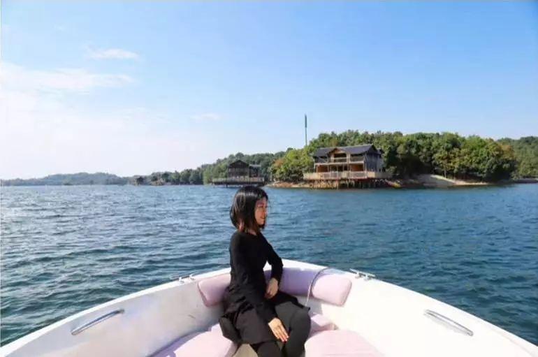 住庐山西海巾口景区度假木屋,享受渔岛生活的美好时光