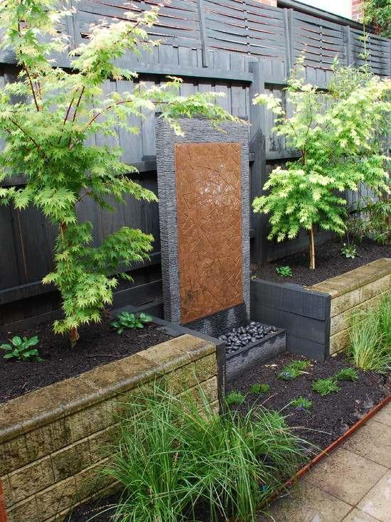 如何设计家庭庭院的水景功能区?图片