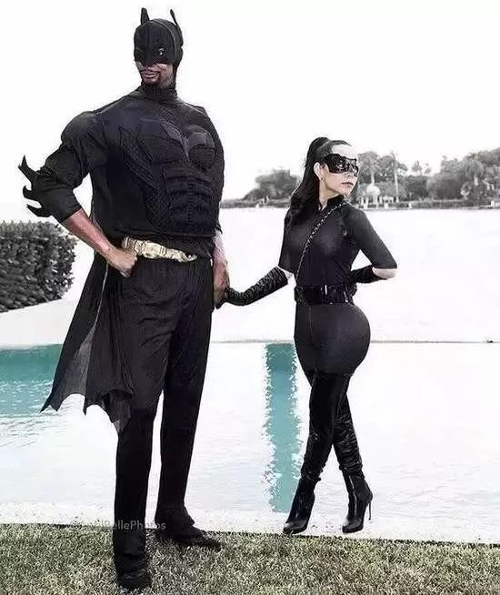 波什与马球扮演蝙蝠侠与猫女小公爷和明兰打妻子是哪几图片