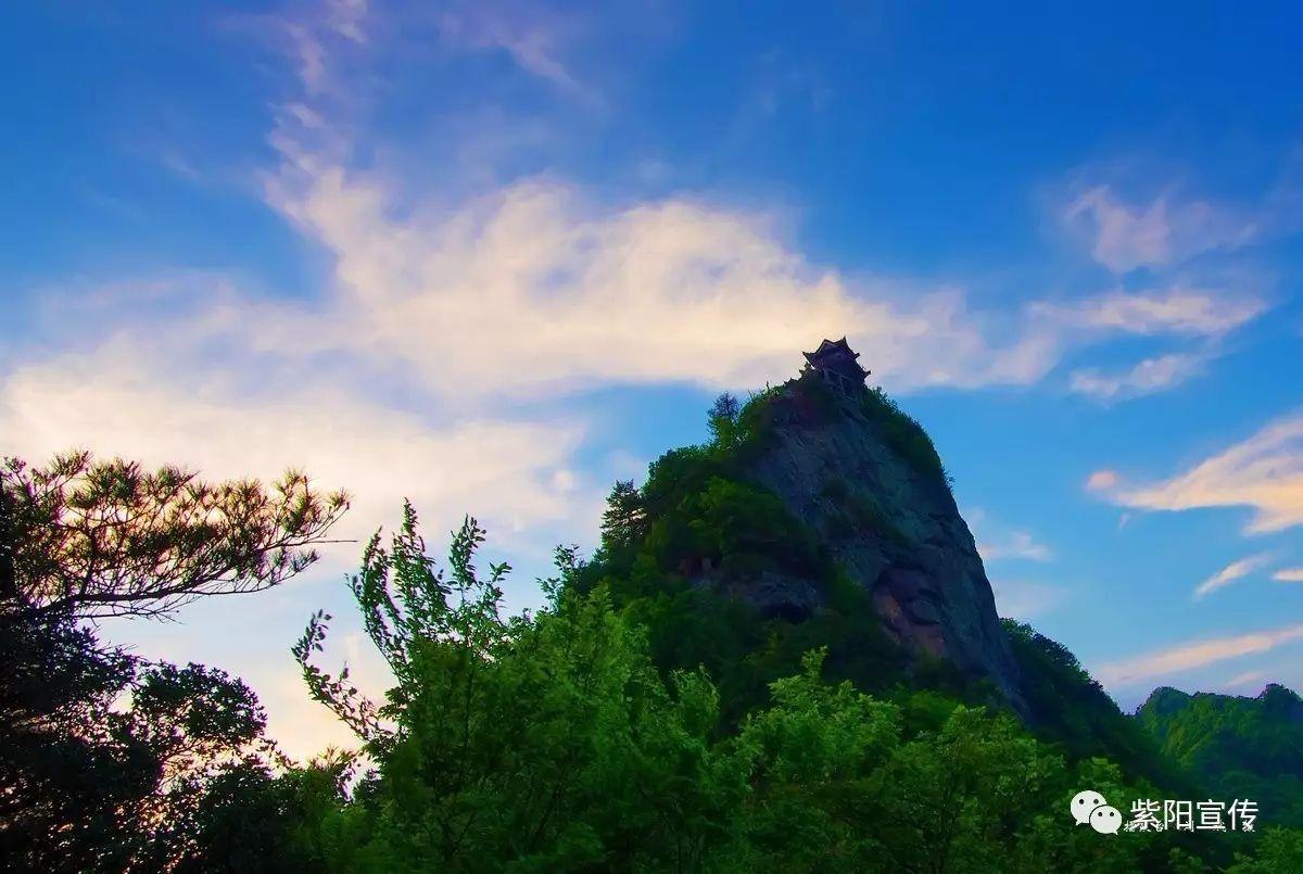 """紫阳这一处风景堪称陕南""""武当山"""""""