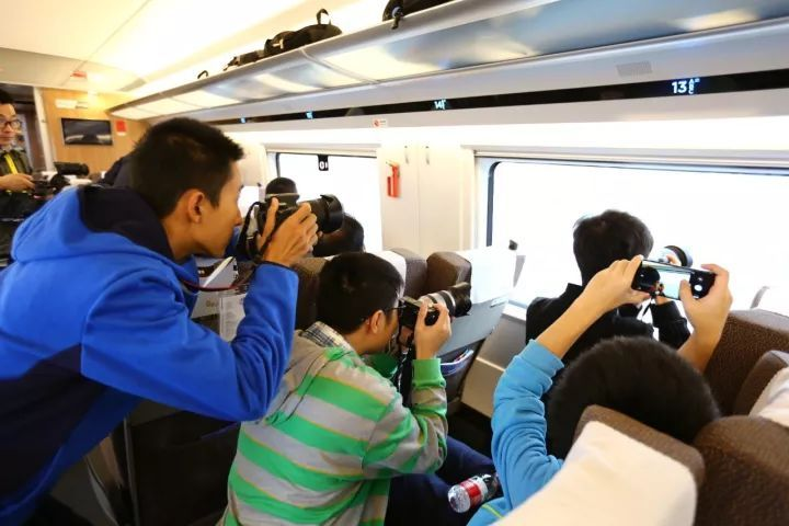 港珠澳大桥通车的同时,深圳交通网络也有大变化,快来get一下~