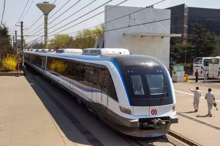 王鹏镇长调研2018年度市级重点项目建设情况