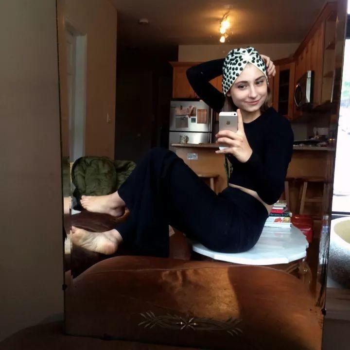 意大利时尚博主Chiara Ferragni 靠穿搭红遍全球