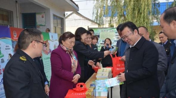 人民的健康 我们的责任——记山西省夏县食品药品监督管理