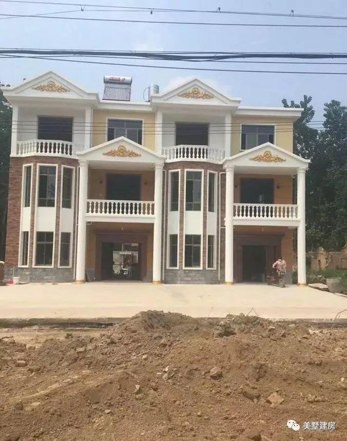 圆弧这是建好后的一个房子整体,没装修前拍的,小编很喜欢那个半外观的蚌埠简一装修公司图片