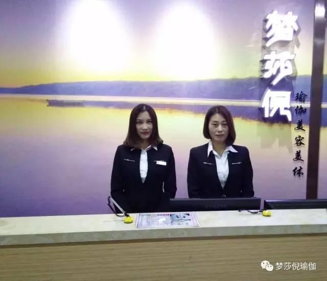 小米MIX 2代亮相国外网站:骁龙835+8GB运存