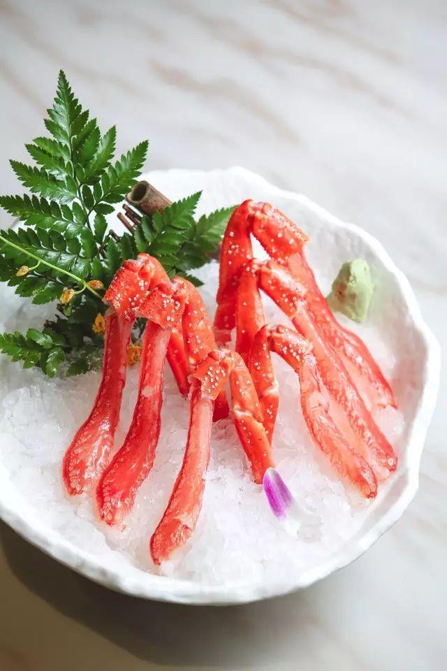 悦惠推荐餐厅   穿越自北海道的蟹道:一蟹多吃 刺身 盐烤 火锅 .