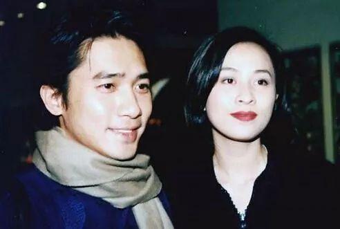 因和郭美美重名歌唱事业起不来,28岁得癌症如今瘦成这样