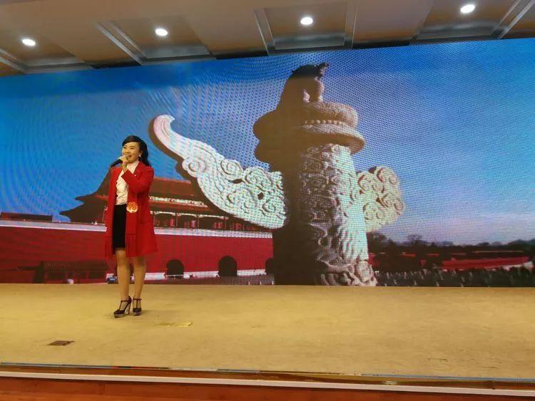 """""""放飞我的中国梦""""诗歌朗诵大赛决赛举行,小央为您奉上"""