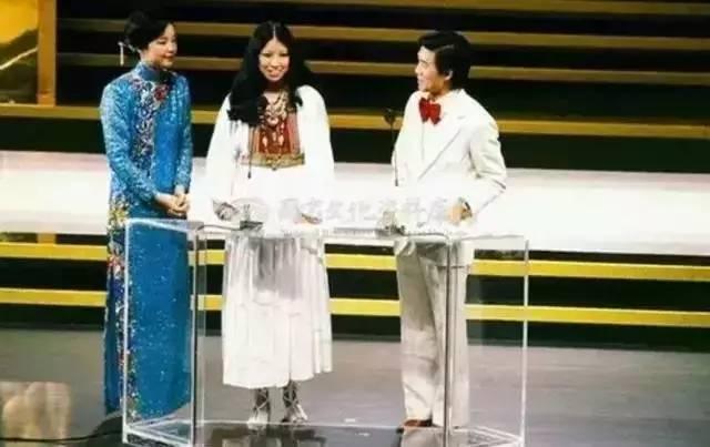 """前海""""美好新时代""""诗文朗诵会举行 八位朗诵艺术家讴歌前海"""