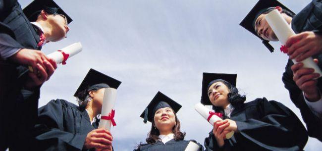 党的十九大召开的前一个月,新《民办教育促进法》也正式落地